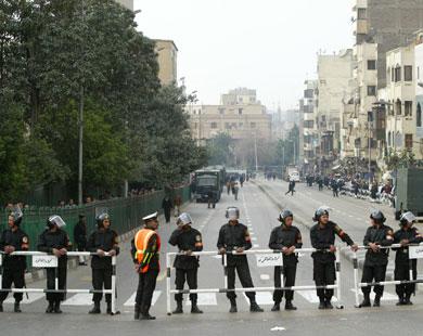 مقتل وإصابة 26 شخصا بينهم أجانب  في انفجار مدوي بمنطقة الأزهر في القاهرة