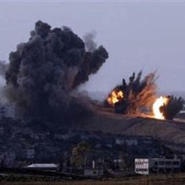 اشتباكات عنيفة بين المقاومة الفلسطينية وقوات الاحتلال شرق مخيم المغازي وسط قطاع غزة