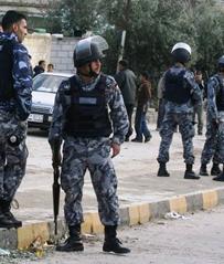 """إصابة 5 أشخاص بمشاجرة في الرمثا وتعرض شاب لطلقة """"خرطوش"""" من قبل أحد أقاربه"""