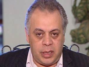 انتقادات لنقيب الفنانين المصريين بعد دعوة الملحق الثقافي الإسرائيلي لحضور عرض مسرحي