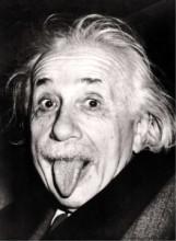 هناك سر محدد وراء أغرب و أشهر صورة للعالم أنشتاين .. اكتشفه
