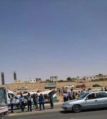إصابة 16 شخصا من مرتبات الامن العام و الدفاع المدني بحادث تصادم