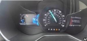 بالفيديو .. ماذا سيحدث للسيارة إذا غيرت السير للخلف وهي بسرعة 100 كم؟