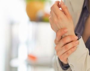 4 أسباب وراء إصابة السيدات بهشاشة العظام.. تعرف عليها