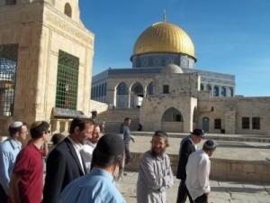 نتانياهو ينكث بتعهداته للأردن بالسماح لأعضاء الكنيست الإسرائيلى باقتحام المسجد الأقصى