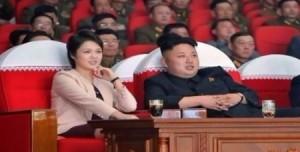 بالفيديو .. زوجة زعيم كوريا الشمالية تظهر لأول مرة على التلفاز