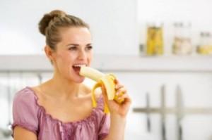 تناولوا الموز بهذه الطريقة لتحرقوا دهون البطن... إليكم وصفته سريعة المفعول!