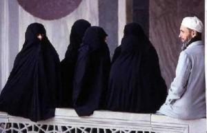 «زوِّجي زوجك» حملة في مصر لتشجيع تعدد الزوجات