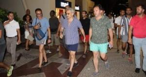 تعرف كم ترك الوليد بن طلال بقشيش لعامل في مطعم نصرت بتركيا ؟!