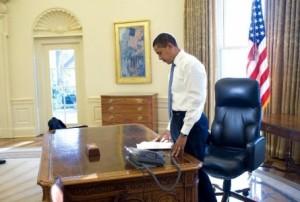 نص رسالة أوباما التي تركها لترامب على المكتب البيضاوي