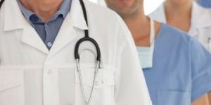 بالأسماء ...أطباء مدعوون للتعيين في وزارة الصحة