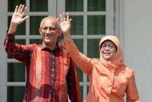 حليمة يعقوب أول رئيسة لسنغافورة