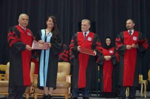 تخريج الفوج الأول من طلبة الدبلومات التدريبية في جامعة عمان الأهلية