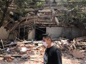 بالصور...خروج مئات المواطنين بالمكسيك إلى الشوارع بسبب زلزال بقوة 7.4 درجات