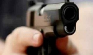 خلافات عائلية تدفع ابن لاطلاق النار على والده في الكرك