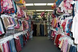 تدهور صناعة الألبسة يتسبب بفقدان آلاف الاردنيين وظائفهم..,وانتقادات لأداء وزارة العمل