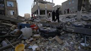 530 قتيلا ضحايا زلزال ايران