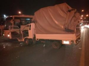 4 اصابات بحادث تصادم على طريق المطار