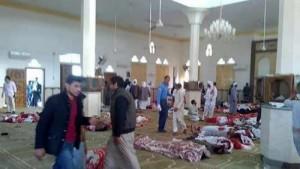 مصر .. ارتفاع ضحايا هجوم سيناء إلى 305 بينهم 27 طفلا