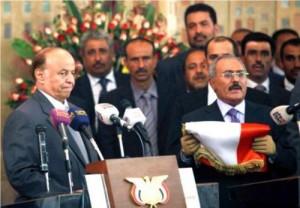 هادي يدعو اليمنيين للانتفاض في وجه الحوثي