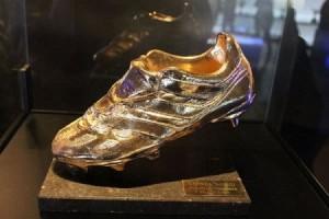 اسم عربي في قائمة المتنافسين على الحذاء الذهبي