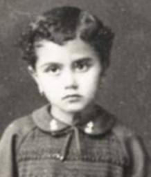 هذه الطفلة أصبحت اليوم نجمة يسرد عنها التاريخ .. فمن هي؟
