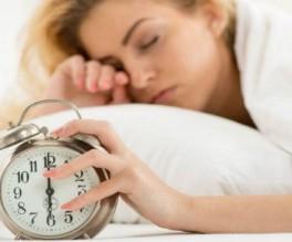 لهذا السبب نشعر بالتعب صباحاً حتّى بعد النوم لـ8 ساعات!