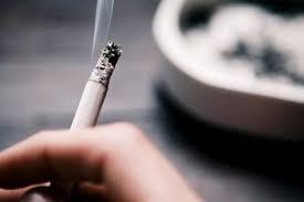 الامن يحقق مع أب يعترض على أسعار الدخان بتعليمه لاطفاله
