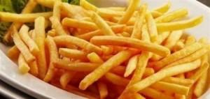 كيف نمنع امتصاص البطاطا للزيت خلال القلي؟