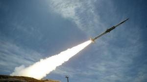السعودية تدمر صاروخاً أطلق تجاه خميس مشيط