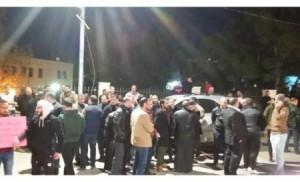 بالصور .. شغب في وسط مدينة الكرك والأمن يوقف 9 من المحتجين