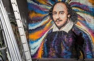 إخضاع نصوص شكسبير لبرامج