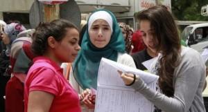 التربية تسمح للطلبة النظاميين بإعادة مواد لرفع معدلاتهم