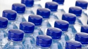 اغلاق اكبر مصنع للمياه المعبأة في الزرقاء