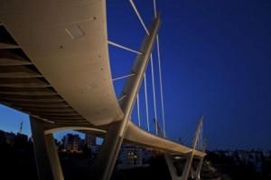 انتحار شاب عشريني من أعلى جسر عبدون