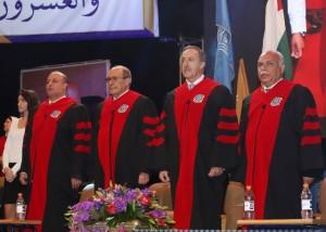 جامعة عمان الاهلية تحتفل بتخريج طلبة الفصل الاول من الفوج الخامس والعشرين من طلبتها