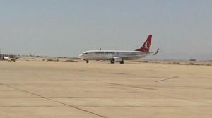 اول طائرة للخطوط التركية تحط بالعقبة منذ عام ونصف