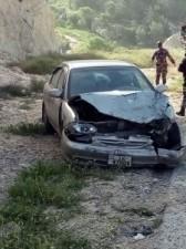 بالصور ... 7 إصابات اثر حادث تصادم وقع على مثلث الكسارات في وادي سموع باربد