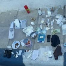 بالصور ..القبض على 10 مطلوبين في قضايا ترويج المخدرات وضبط 315 كف حشيش في المفرق