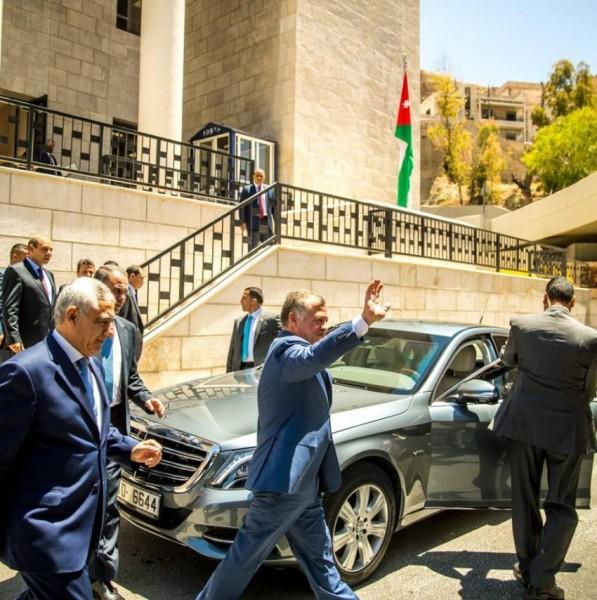 الملك: القضاء هو الأساس في تحقيق العدالة وتعزيز الثقة (صور)