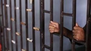 الاشغال 22 عاما لسائق تاكسي قتل شاب دهسا بعد خلافهما على الأجرة