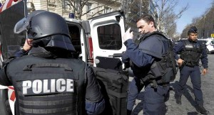 فرنسا تعلن احباط هجوم ارهابي واعتقال شقيقين مصريين