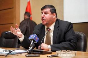 فلسطين النيابية تنهي اضراب العاملون في وكالة الغوث