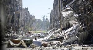 مخيم اليرموك شبه مدمر وعدد الفلسطينيين الذين بقوا لا يزيد عن 200