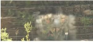 بالفيديو .. تفجير موقع للتجارب النووية في كوريا الشمالية .. بنوه في قلب جبل سُوّي جزء منه بالأرض