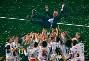 زين الدين زيدان يستقيل من تدريب ريال مدريد