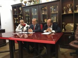 نادي عمان يقرر وقف نشاطه الرياضي