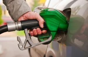 سقوف سعرية للمشتقات النفطية بعد تحرير سوق المحروقات ..