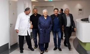 نقل عباس إلى المستشفى