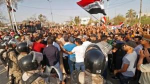 اتساع رقعة الاحتجاجات في العراق .. ومقتل 3 متظاهرين